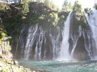 女神の滝.jpg