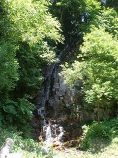 水源の滝.jpg